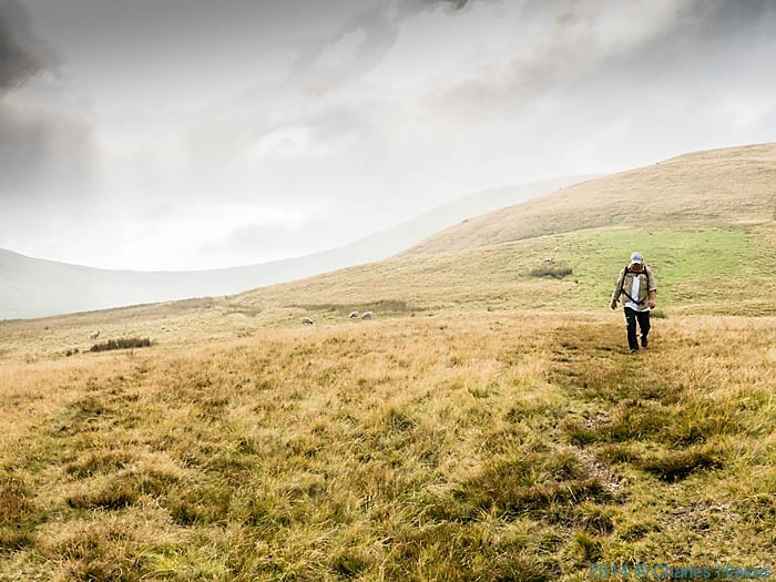 Approaching Green Bell, Howgill Fells, Cumbria, photographed by Charles Hawes