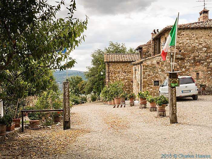 Casa San Brizzi agriturismo, near Badia a Passignano, Tuscany, photographed by Charles Hawes