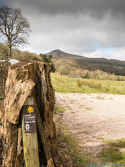 Footpath sign near Sugar Loaf, photographed from The Cambrian Way by Charles Hawes