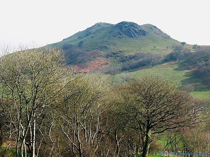 Pen Y Bannau, photographed from The Cambrian Way by Charles Hawes