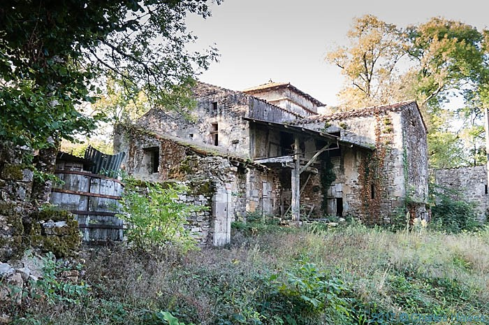Alic, near Vaour, France, photographed by Charles Hawes