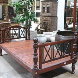 Ebony And Jak Wood Bed