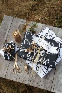 christmas gift black & withe