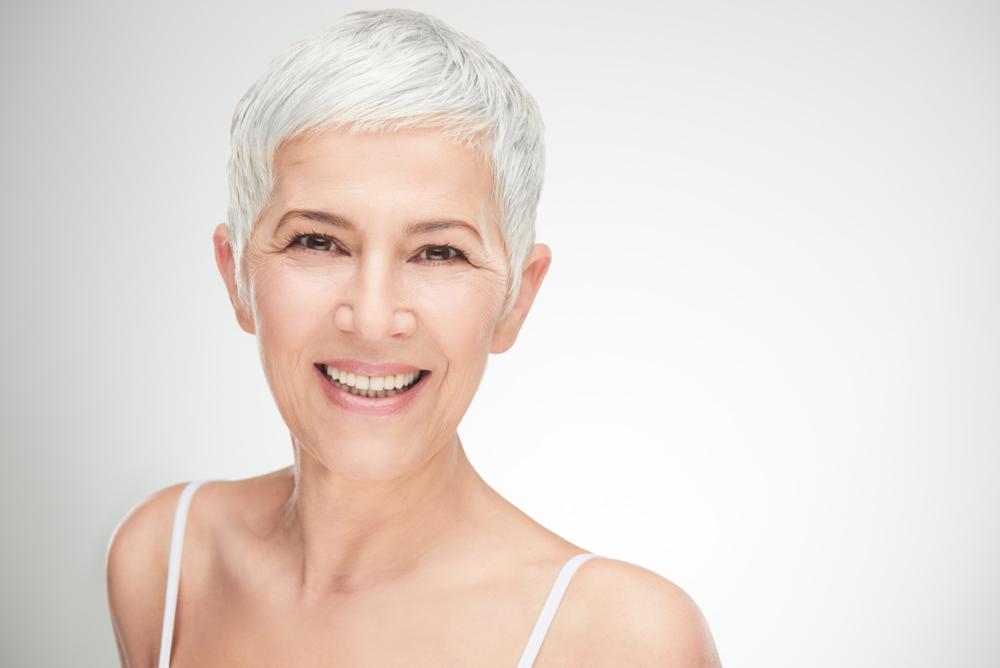 Going Gray Gracefully: 6 Gray Hairstyles That Are Simply Fabulous