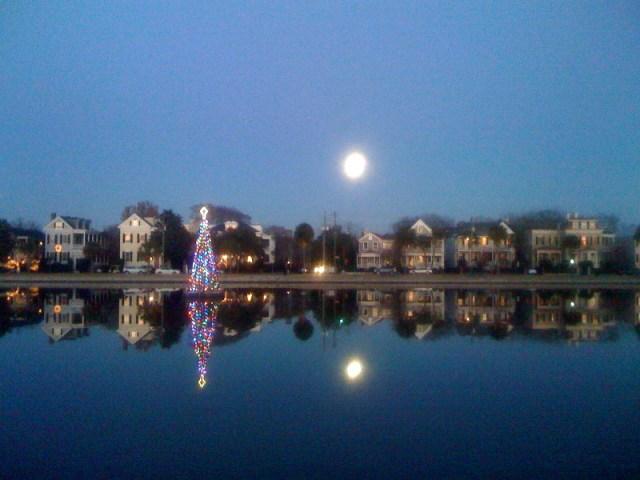 colonial-lake-harleston-village