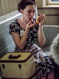canteen_lady_lipstik (1 of 1)