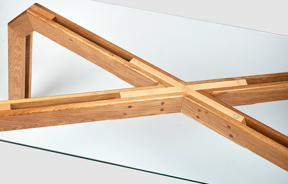 charlie-caffyn-designs-dining-table-1000×639