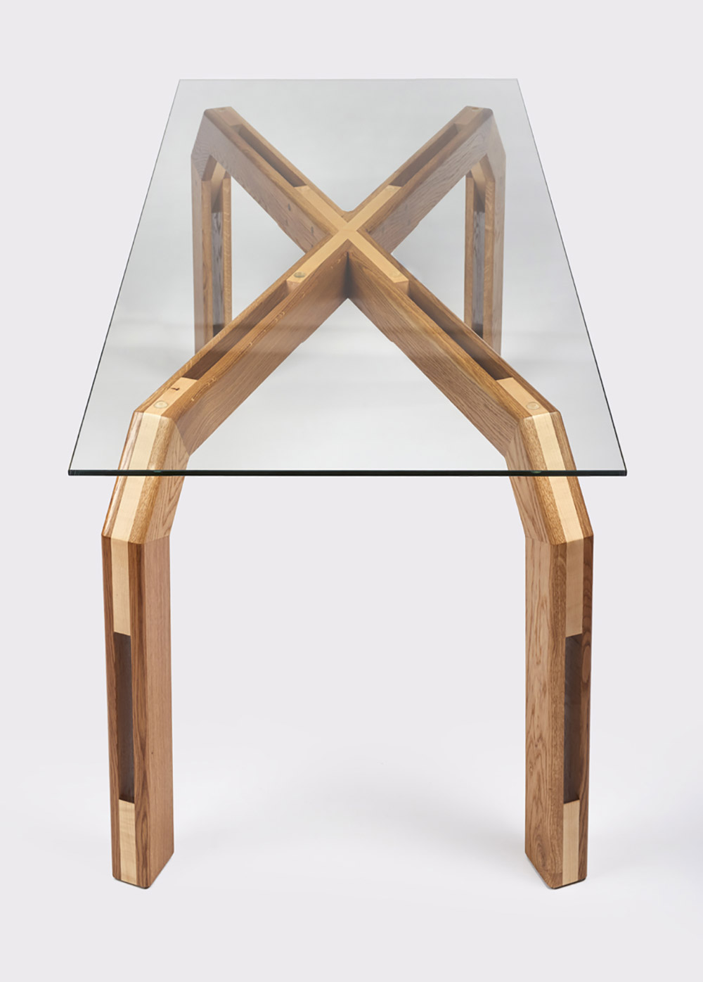 charlie-caffyn-designs-dining-table-2