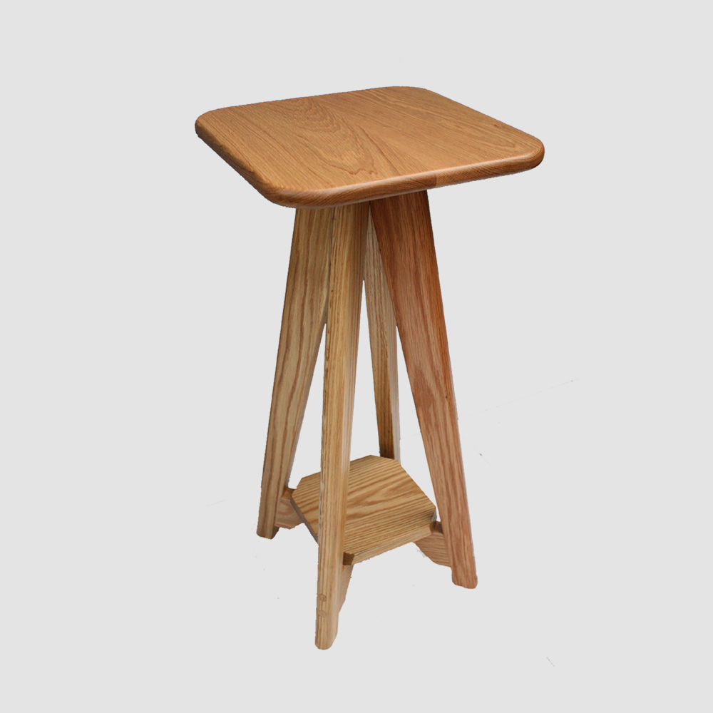 charlie-caffyn-designs-oak-bedside-table