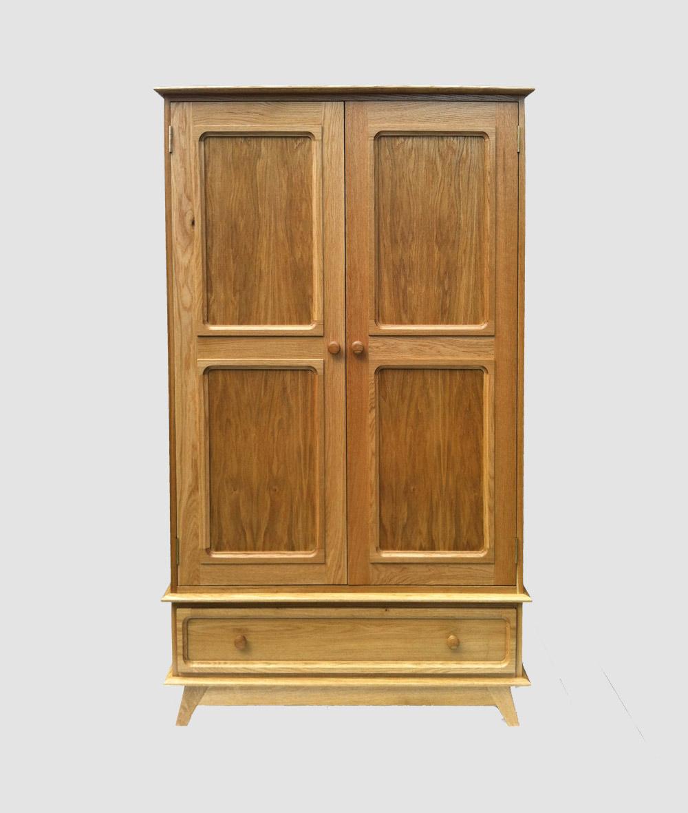 charlie-caffyn-designs-oak-wardrobe