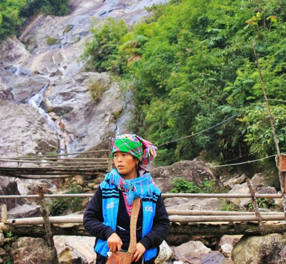 Hmong Tribe in Sapa - Charlie on Travel (2)