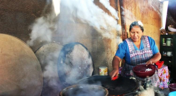 Guatemalan cooking class vegetarian pepian