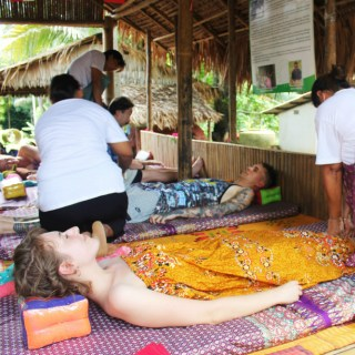 Thai massage with the Chong Changtune community