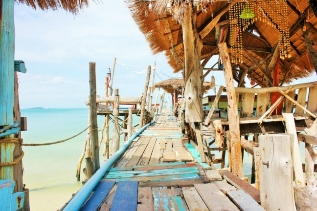 Pier restaurant Koh Samet Thailand - Charlie on Travel