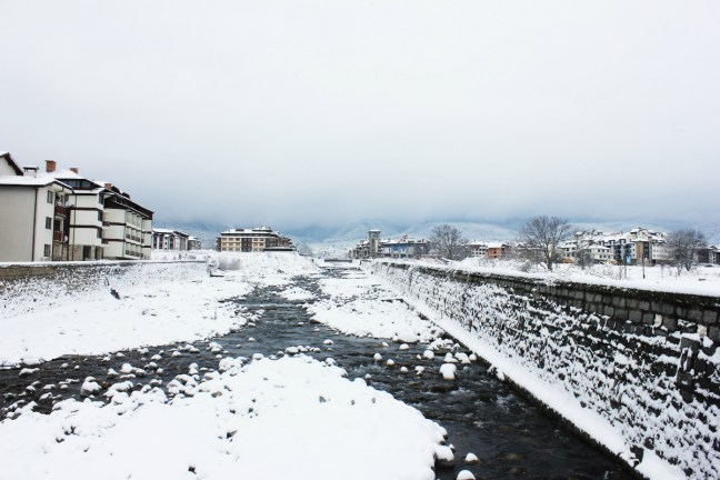 Bansko river in the snow - Charlie on Travel