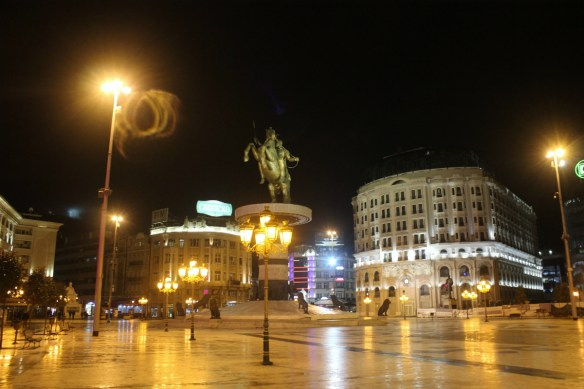 Skopje city centre horse statue - Charlie on Travel