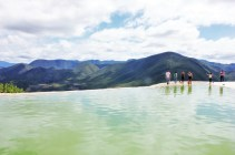 Hierve el Agua Oaxaca Mexico people - Charlie on Travel