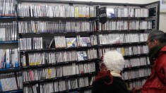 So many Play Station 1 games!!