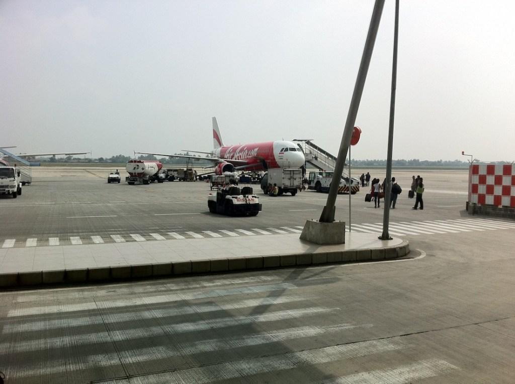 Air-Asia-Boarding
