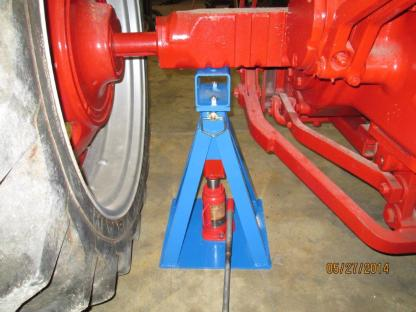 4-way can lift rear axle