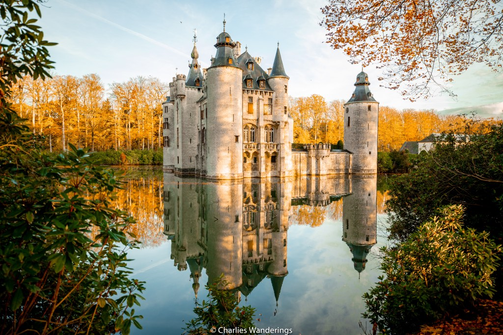 Sunrise at Borrekens castle in Belgium