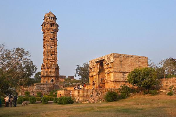 Chittorgarh Fort - Visit The Most Beautiful Fort in India