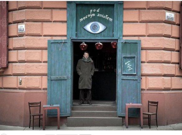 """""""Cafe Szafe"""" na czas kręcenia filmu zamieniła się w tytułową knajpę. Źródło: http://www.portel.pl/artykul.php3?i=70686"""
