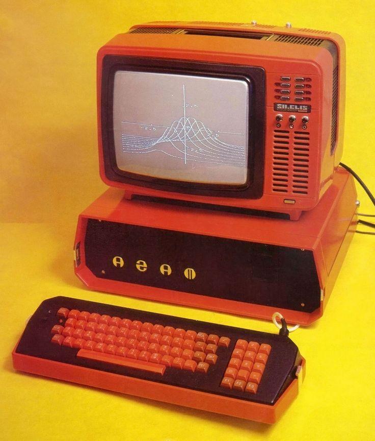 Sowiecki komputer. Źródło: pinterest.com