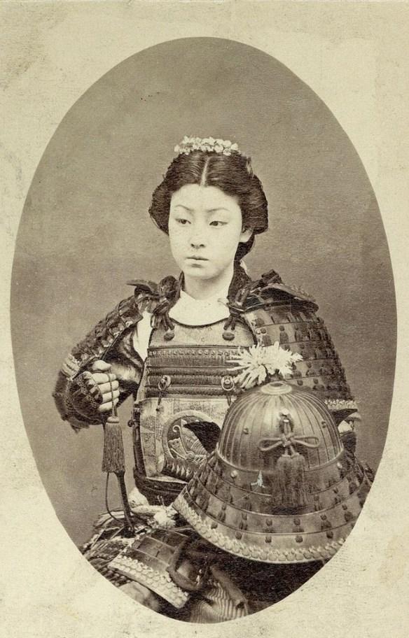 Kobieta - samuraj. Źródło: https://www.distractify.com/give-me-my-vote-1197887350.html