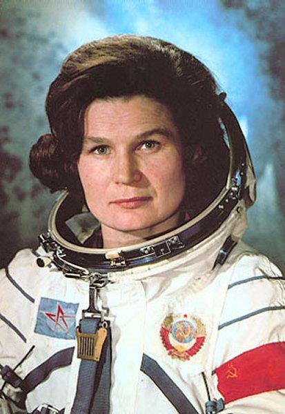 Walentina Tiereszkowa - pierwsza kobieta w kosmosie. Źródło: http://lk.astronautilus.pl/astros/12.htm