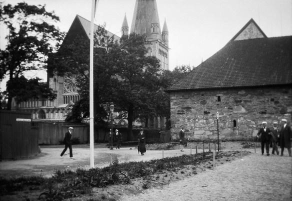 Miljöer-Stadsmiljö, Byggnadsverk-Religionsutövning - kyrkor-(01) Exteriörer