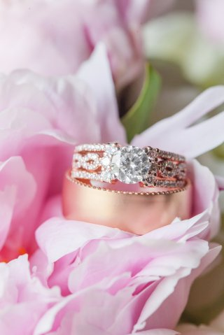 The Diamond Guide for Charlotte Brides Featuring Engagement Rings from Diamonds Direct Charlotte