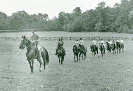 OLHillsCampers_horsebackriding_72dpi