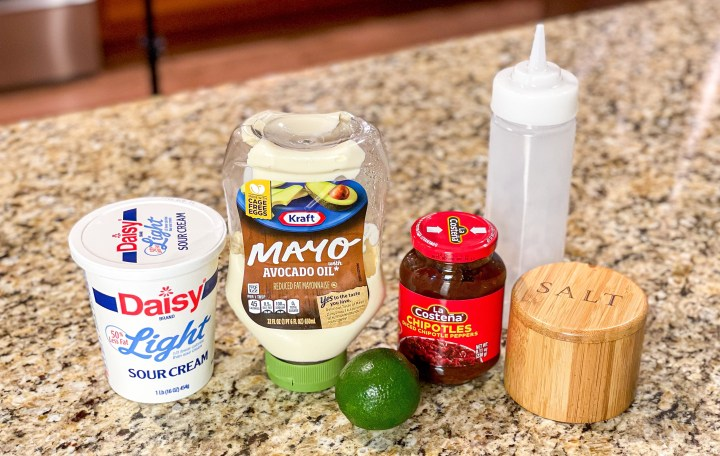 Fish taco sauce ingredients
