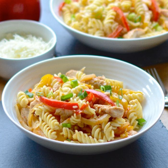 My delicious creamy cajun chicken pasta recipe. Perfect for dinner in a hurry and as pasta salad for lunch the next day too!