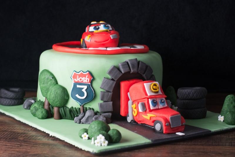 cars cake 2