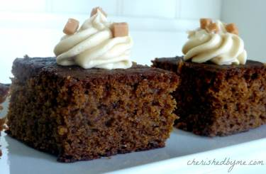 toffee-and-apple-cake-2-1024x668