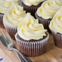 White-Chocolate-Buttercream-2