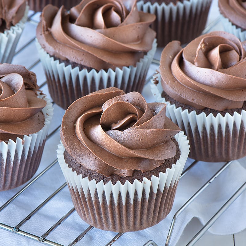Dark-Chocolate-Buttercream-4