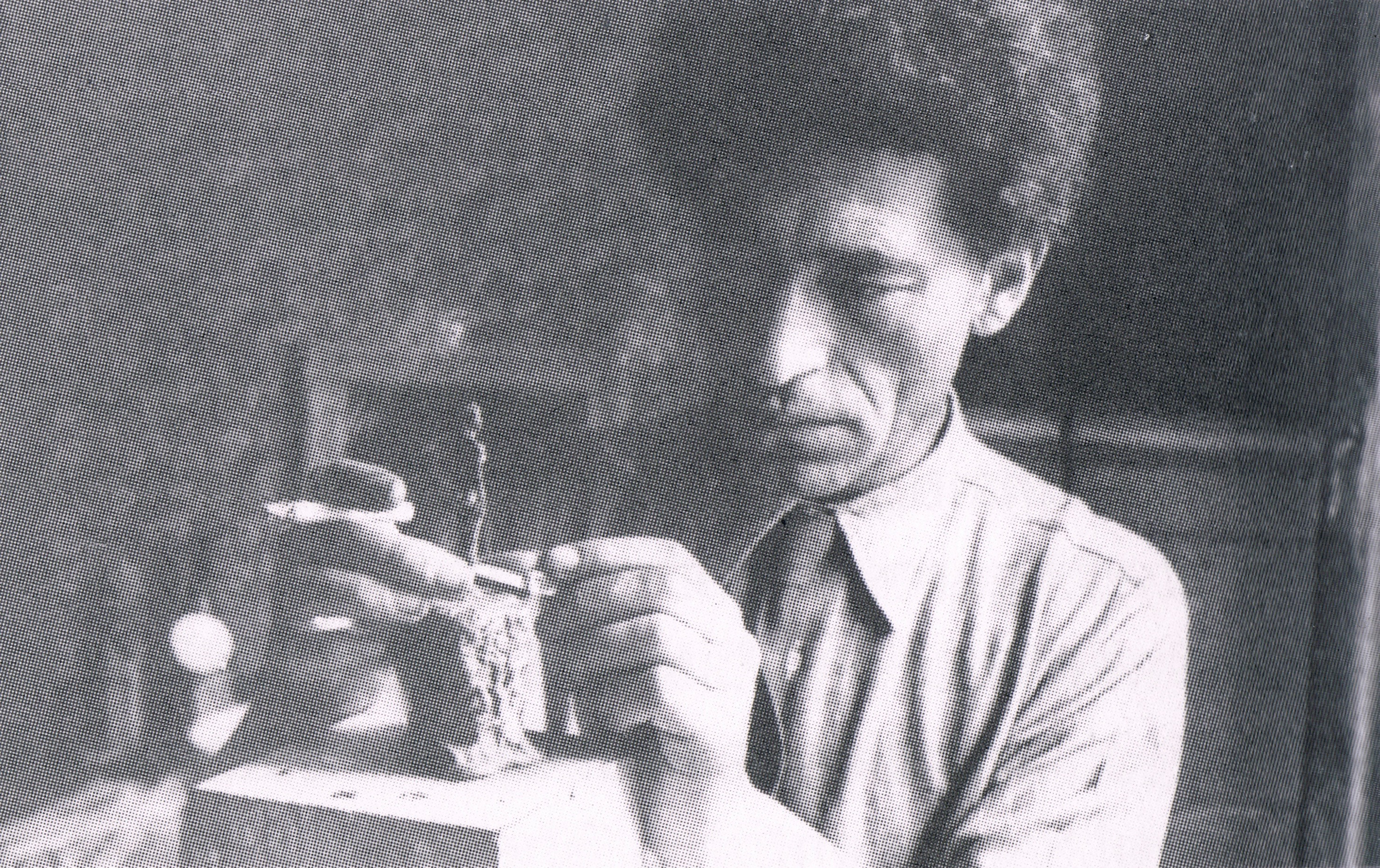 Giacometti's truth working in his hotel room the Hotel de Rive, Geneva(1944)