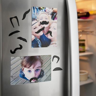 口ひげ冷蔵庫マグネット
