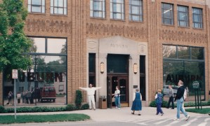 Brian Jones greets participants at 1995 CHARM Conference