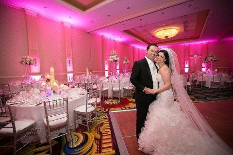 Baltimore Marriott Waterfront Wedding By Artful Weddings
