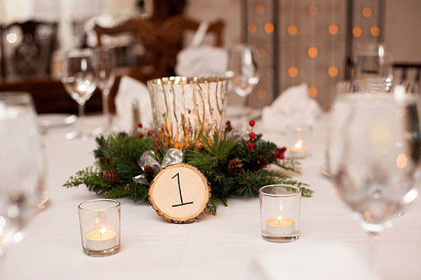 Antrim 1844 Holiday Wedding By Jennifer Smutek Photography