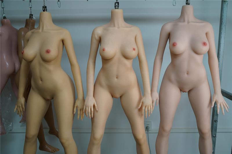 SILIKODOLLシリーズの設計は人体構造の研究からスタート