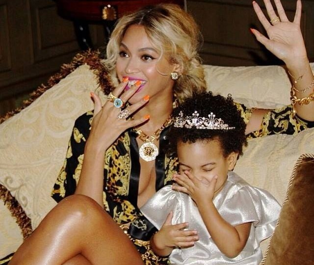 Blue Ivy's Hair, Get Over It! Blue Ivy's Hair Is A Wash And Wear Kids Fashion Trend #CharmPosh