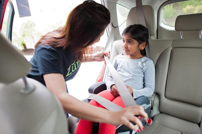 Zum on demand ride and care service for kids CharmPosh