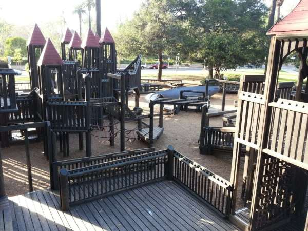 kids-world-at-alameda-park-charm-posh