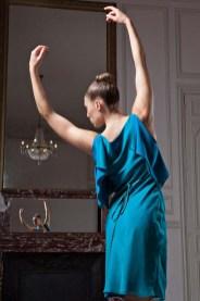 fatima-guerrout-robe-azur-decc81couverte-fashion-week-paris-2013-charonbellis-blog-mode