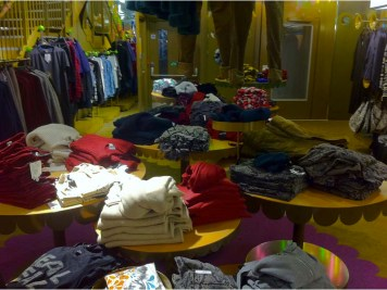 monki-carnaby-street-london-2-charonbellis-blog-mode